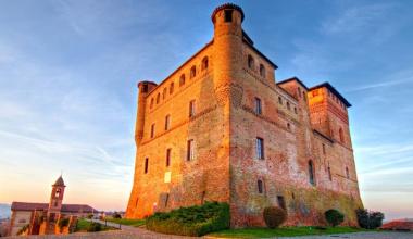 The Cavour Piedmontese Regional Enoteca celebrates its Unesco birthday!